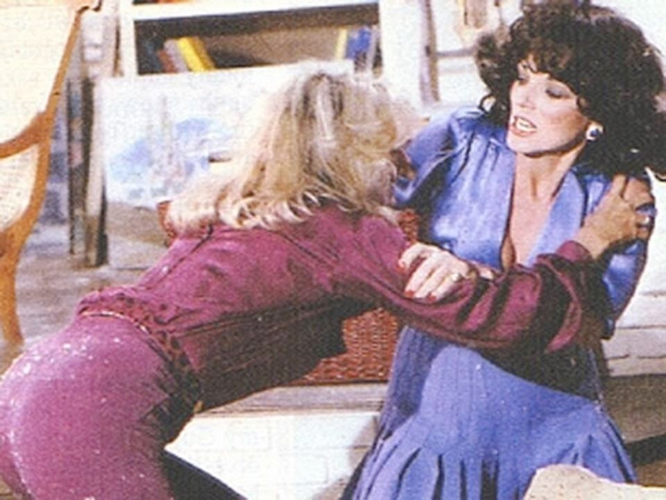 Alexis Colby & Krystle Carrington fighting